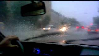 Дождь в Калуге 14.07.2013, плывем по ул. Гагарина
