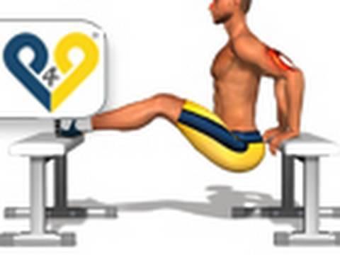 Massagens e exercícios de aumento em um peito