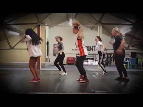 Dopebwoy - Cartier ft. Chivv & 3robi | 8COUNTS DANCE