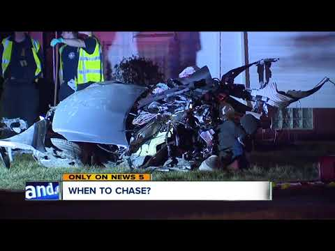 Critical moment to initiate a police chase varies by department
