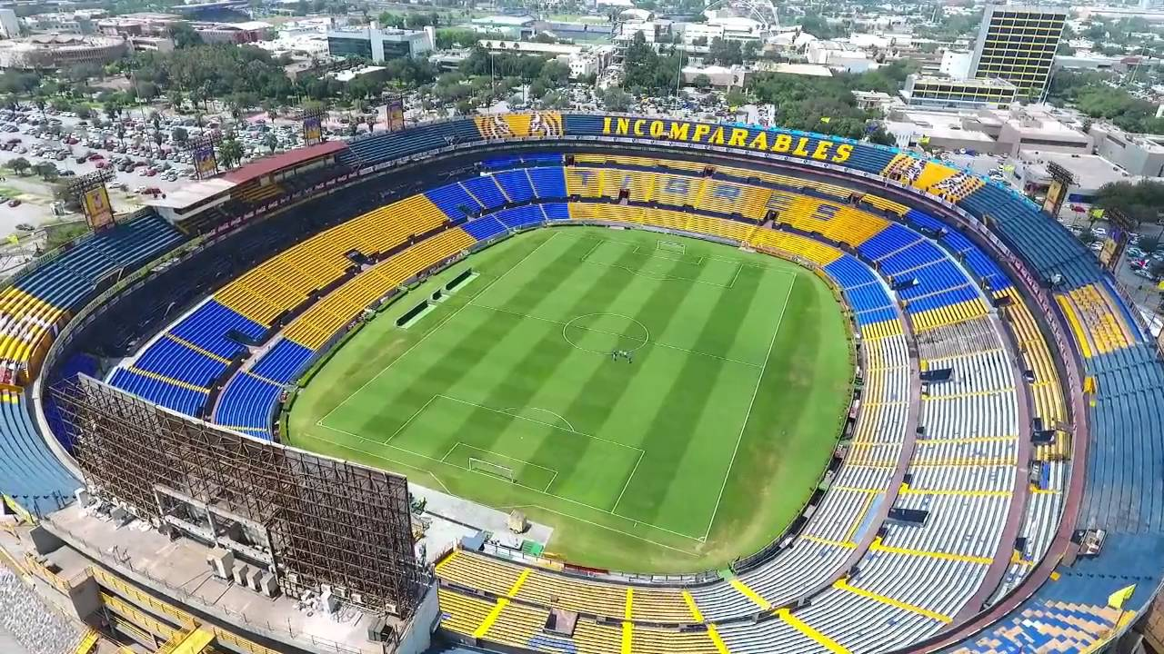 Estadio universitario el volcan phantom 4 by ht youtube for Puerta 5b estadio universitario