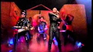 The Shamen - Ebeneezer Goode TOTP Live September 1992