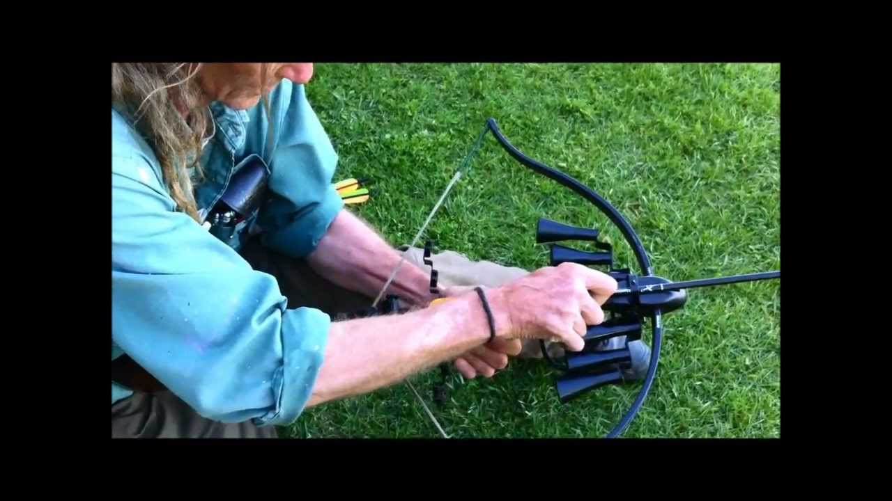 Shooting the 150 lb  Barnett Wildcat Recurve Crossbow