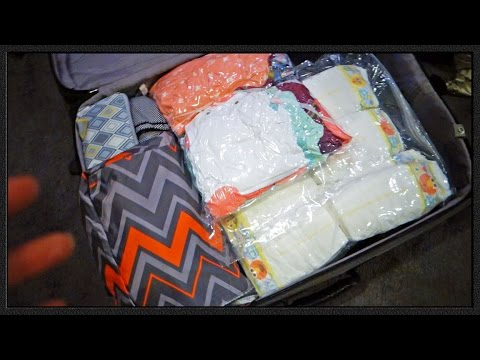 HOW TO PACK FOR A MIDWEST MOMMY & BABY VACATION