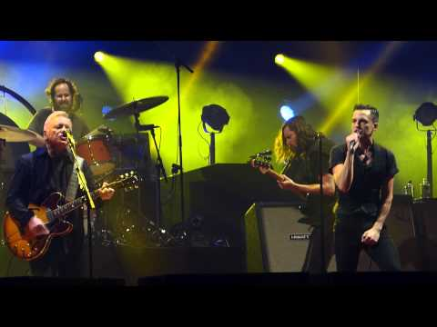The Killers with Bernard Sumner - Crystal (New Order cover) live Manchester MEN Arena 18-02-13