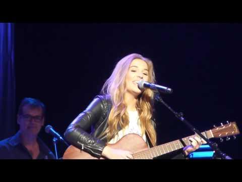 Lennon and Maisy Stella - Hey Ho live at Nokia Theater Los Angeles - Nashville tour 2015