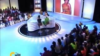 Monique Séka en larmes à C