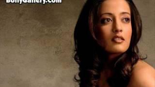 Gambar cover Pathraon Ke Sheher --- Shaan (Feat;Raima Sen)
