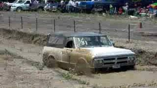 Bubba in the Jimmy at Rockwall County Mud Bog