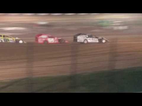 Modifieds Heat 1 Fayette County Speedway 4/17/18