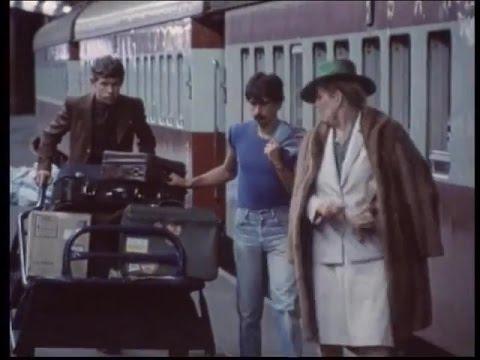 Download Transkaroo  TV series, 1984 - Episode 5: 'n Moeilike Tannie *