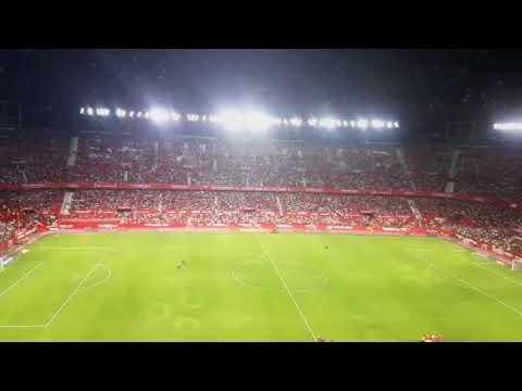 Espectáculo de luces en el Sánchez Pizjuán, en la previa del Sevilla-Las Palmas