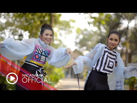 Fitri Carlina - Goyang Gagak Feat. Kania (Official Music Video NAGASWARA) #music