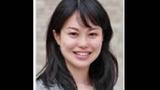 NHK 妖艶すぎる池田アナ お色気120% むっちり魅惑のタイトスカート
