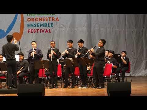Koes Plus Medley - Canisius Wind Ensemble ft. Antonio #IOEF2018