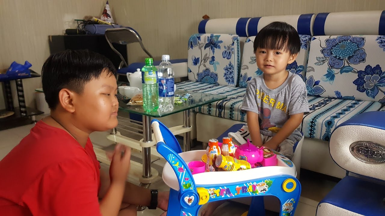 Trò Chơi Tin Làm Ông Chủ Bán Nước & Bánh Kẹo ✔ Kids Toy Media