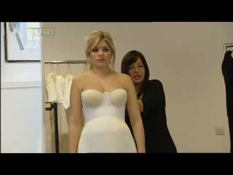 Holly Willoughby [This Morning] - Dress Fitting for a Red Carpet Event. from YouTube · Duration:  59 seconds