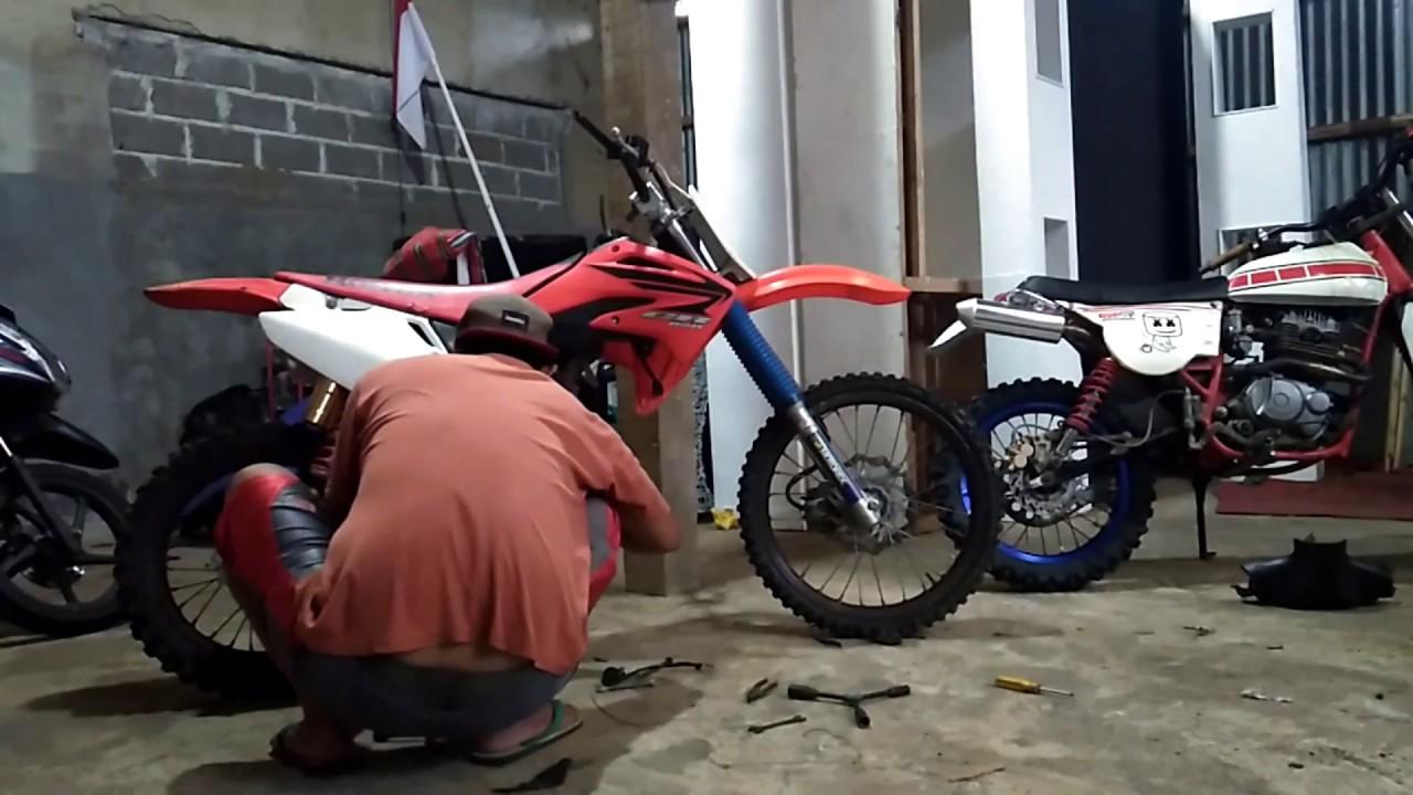 Rakit Rangka Motor Bebek Jadi Trail CRF YouTube