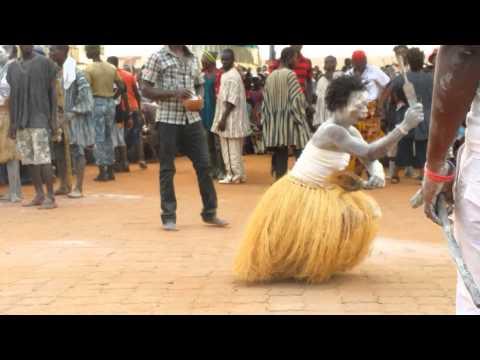 Techiman Ghana Apoo Festival 2015 - Fetish Priestesses Dance