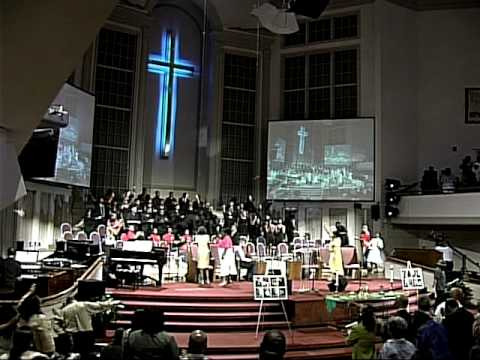 Praise Break at the Mississippi Boulevard Christian Church (aka THE BLVD!)!