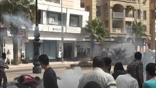 عاجل اعتداء الشرطة على مسيرة الاخوان الرافضة لفض الاعتصام فى دمنهور