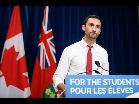 Lecce: Unvaccinated students in Ont. won't face any different rules within class setting