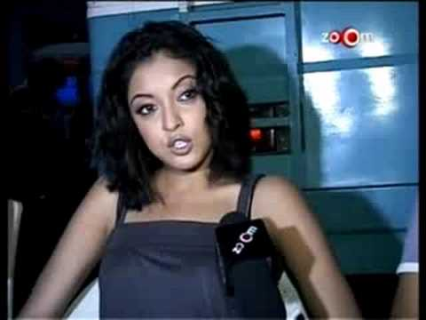 Tanushree Dutta Reveals Controversy