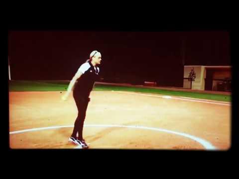 Jennie Finch Pitching Slow Motion