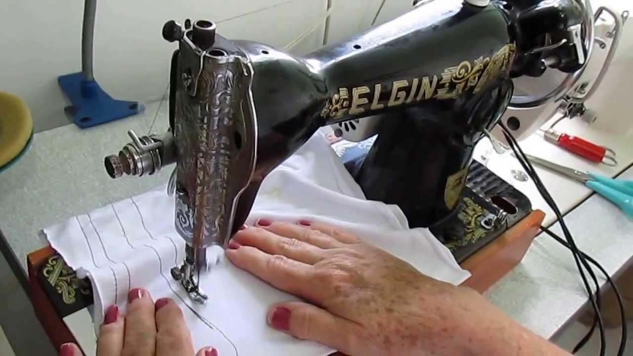 Maquina De Costura Antiga ELGIN