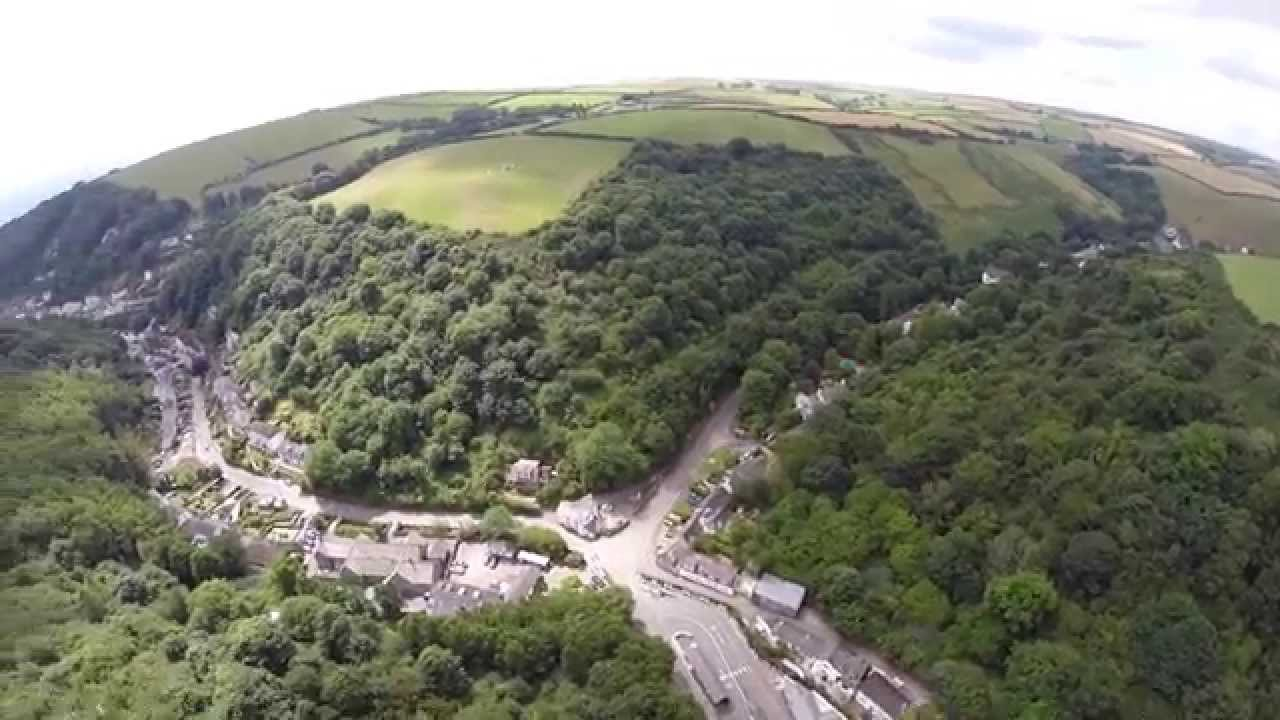 8205 cornwall - Cornwall Aerial Video From Great Kellow Farm To Polperro Harbour