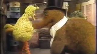 Classic sesame street - big bird & snuffy do the cha cha cha