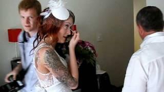 Последние минуты невесты перед выходом