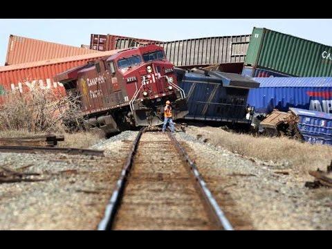 Best model train crashes compilation