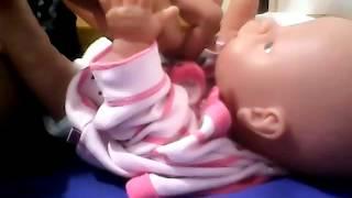 איך מחליפים טיטול לתינוקות