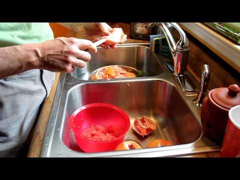 Paleoman Jim shows his easy way to extract Grape fruit flesh