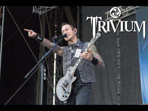 Trivium's Matt heafy stops song to break up a fight