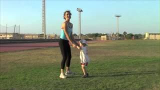 фитнес для детей   приседания вместе(, 2013-11-20T11:15:18.000Z)
