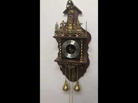 Настенные механические часы с боем SARS 5602-261 Walnut