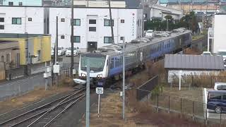 JR五能線 快速リゾートしらかみ2号 秋田行き【青池編成】 2020.12.12