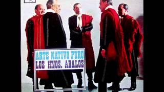 DOS PALOMITAS (yaraví) Hermanos Abalos y Julia Elena Dávalos - 1966