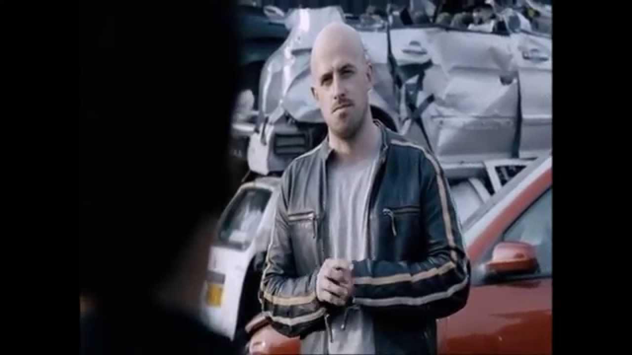 Download Jonathan Goodwin flips a car! Unbelievable