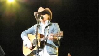 Dwight Yoakam - A Thousand Miles From Nowhere at Kewadin Casino