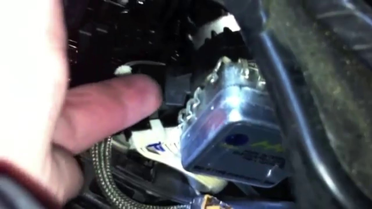 E60 Headlight Wiring Diagram Diy Bmw 135i D1s Bulb Replacement Youtube