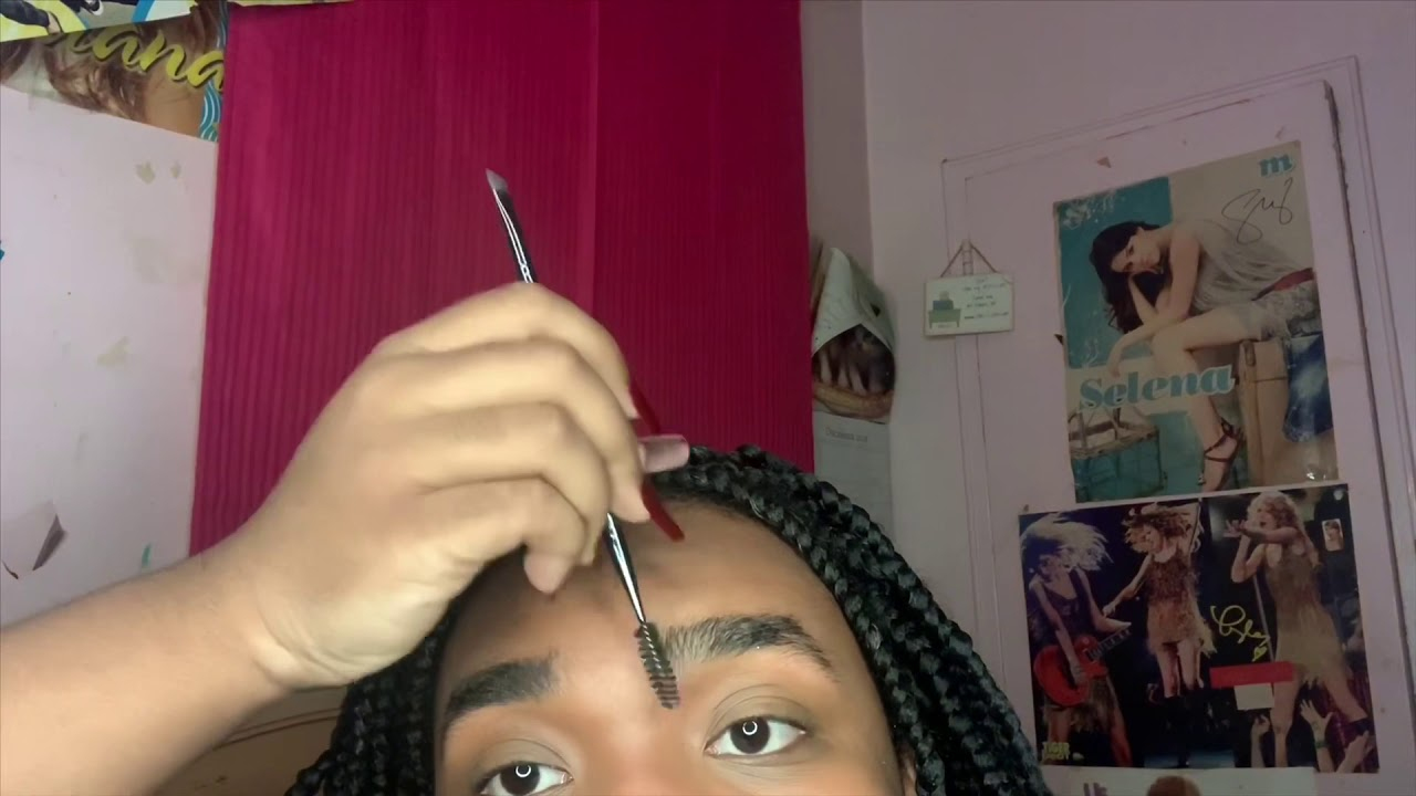 How To Do EyeBrows For Beginners - YouTube
