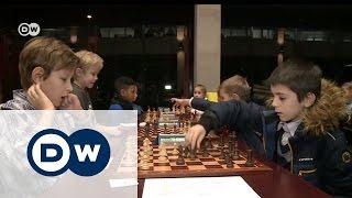 Играть в шахматы снова престижно, или При чем тут политика?