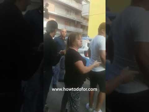 Vittorio Brumotti, l'inviato di Striscia la Notizia aggredito a Pescara al ferro di cavallo