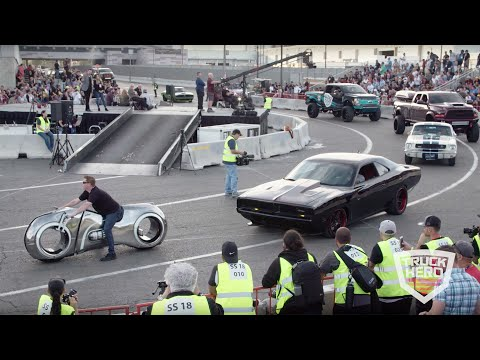 SEMA Cruise 2018 -  3 1/2 hour parade of custom vehicles leaving SEMA - brought to you by Truck Hero