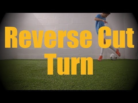 Reverse Cut Turn - Static Ball Control Drills - Soccer (Football) Coerver Training for U12-U13