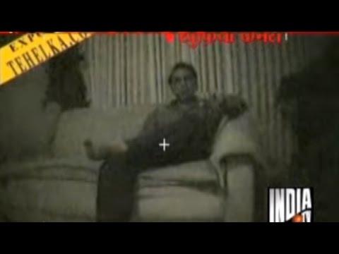 Match Fixing: Sunil Gavaskar Reveals Azharuddin's Relation with Bookie Sanjiv Chawla