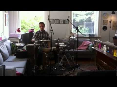 Living Room Recordings - Tupac Mantilla tells about his unique percussion set up